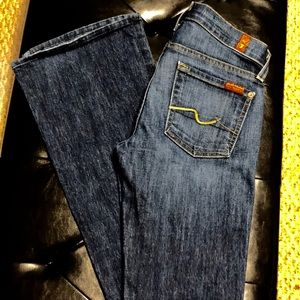 7 for All Mankind Bootcut Jeans Size 24 💥💥